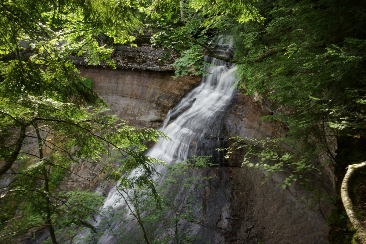 chapel falls from viewing area at pictured rocks
