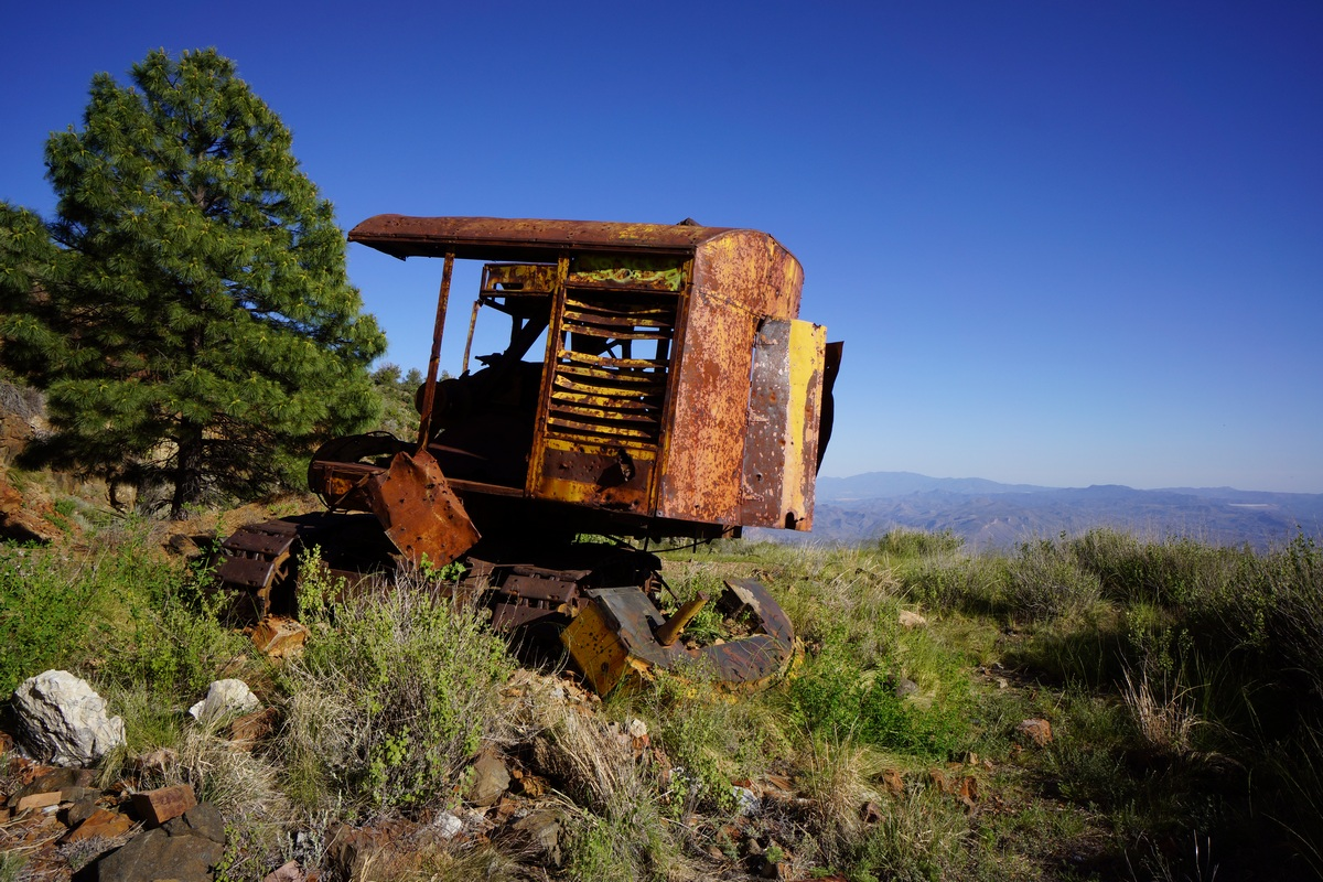 old bulldozer at abandoned asbestos mine