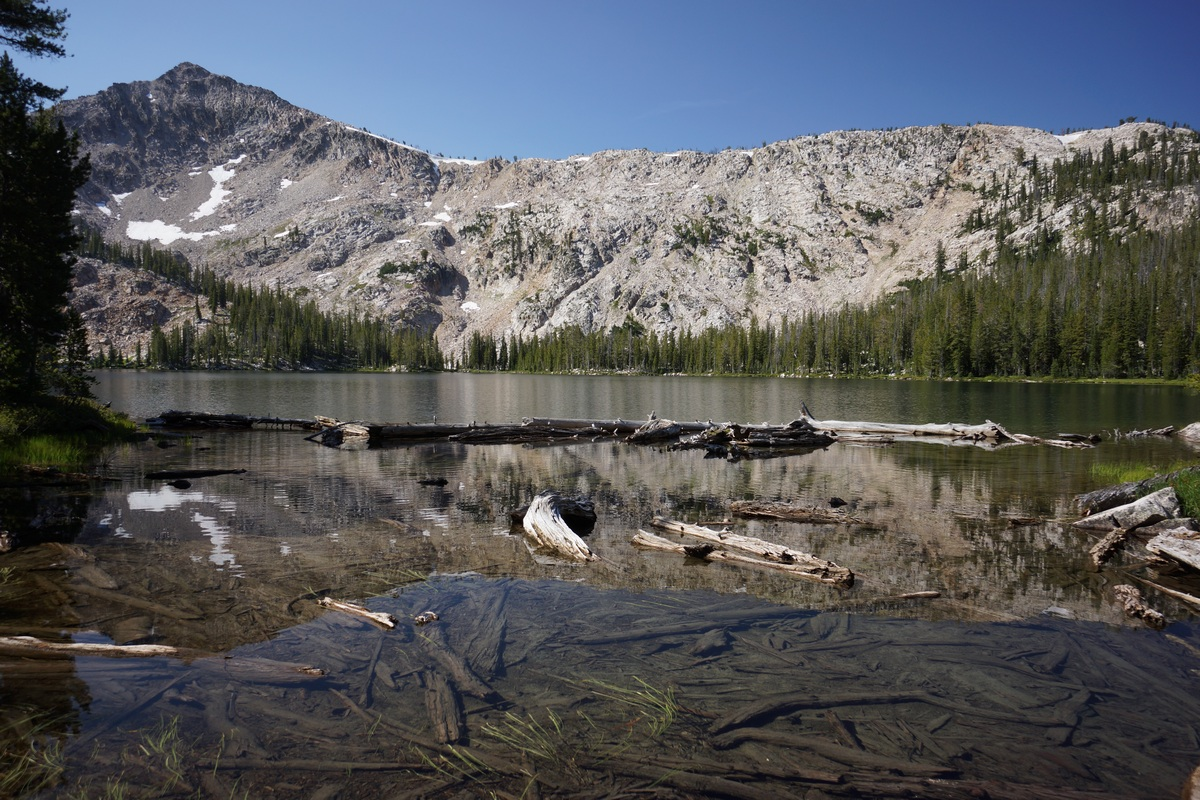 sawtooth wilderness photo of vernon lake from outlet