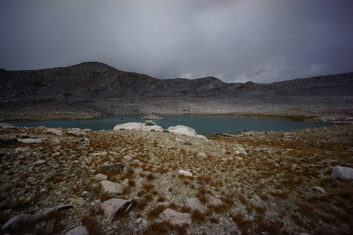 storm clouds over lake 11196 in kings canyon national park