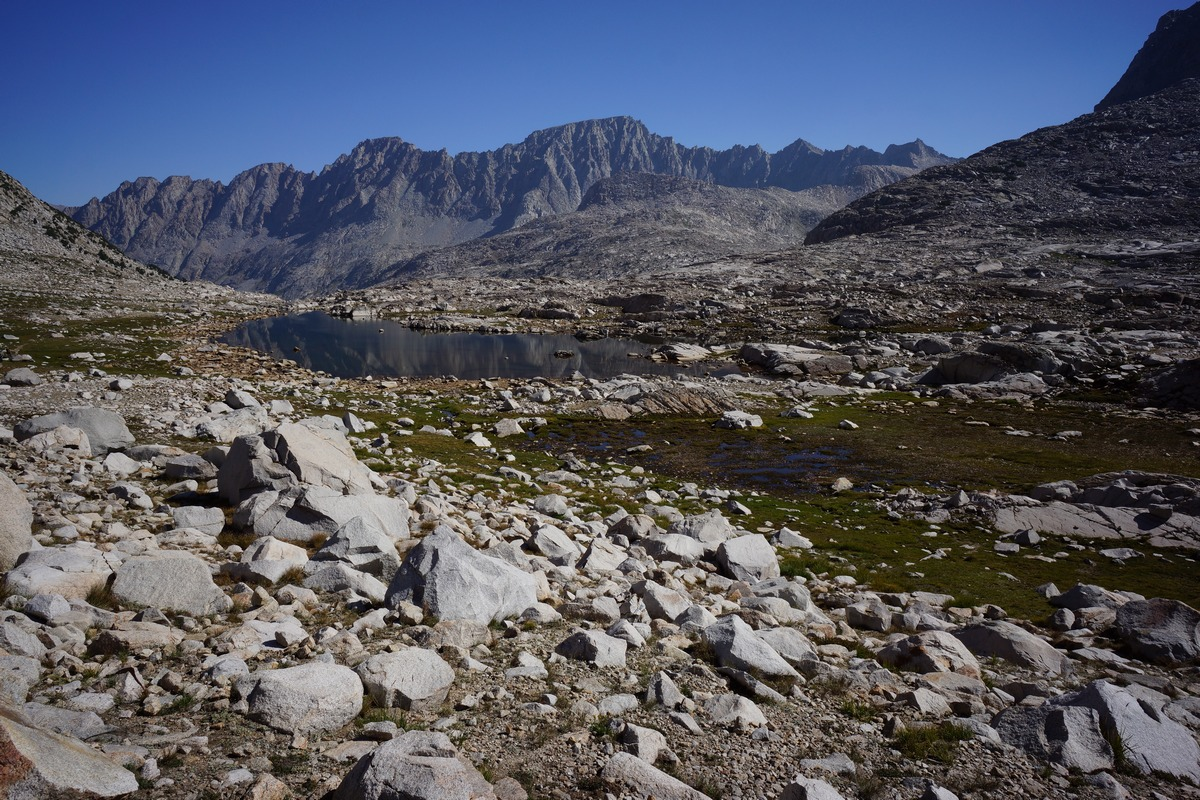 hiking into evolution basin