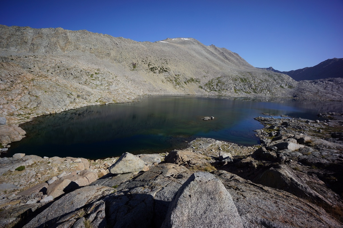 picture of lake 11540 in the sierra mountains