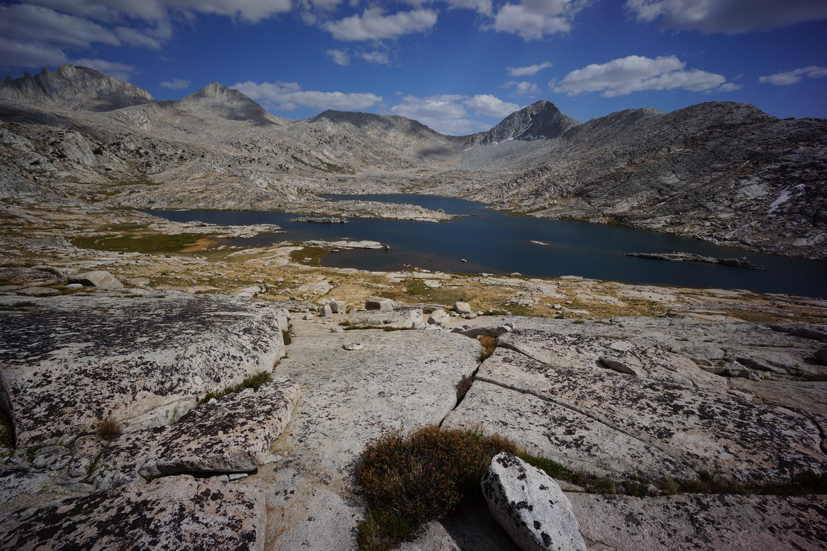vee lake in the john muir wilderness