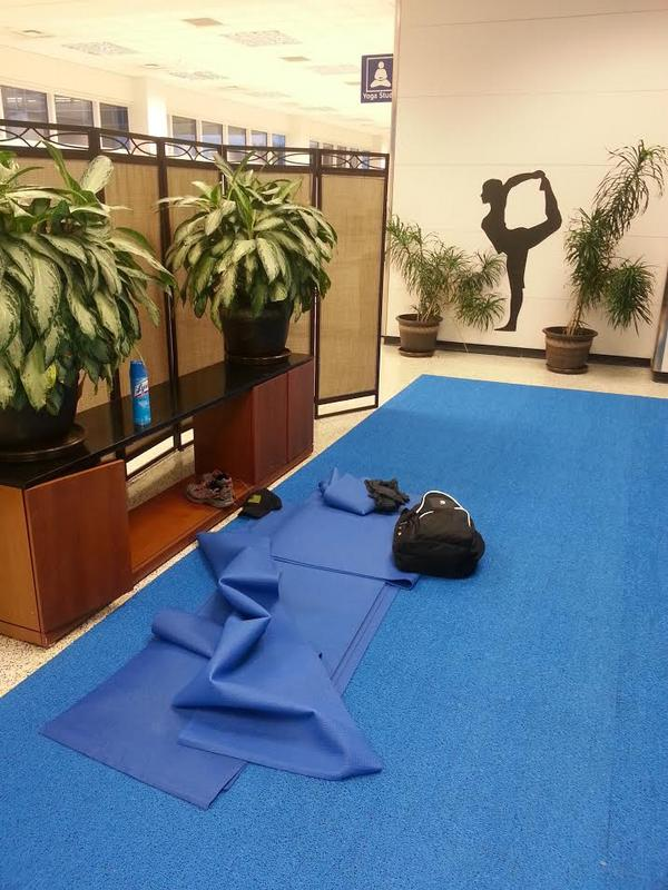 dfw airport yoga area