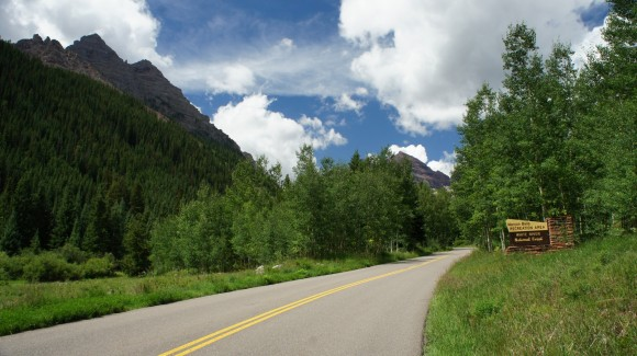 entrance road to the maroon bells wilderness