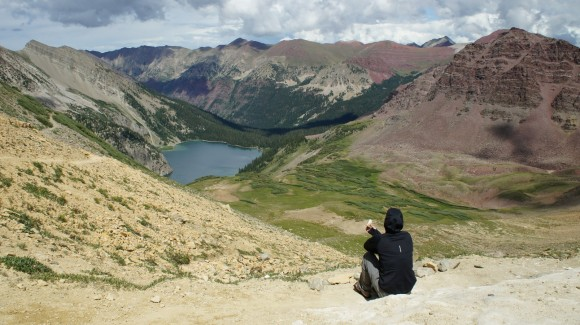 snowmass lake viewed from trail rider pass