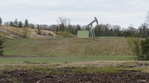 oil drilling rig in michigan - pigeon river country state forest