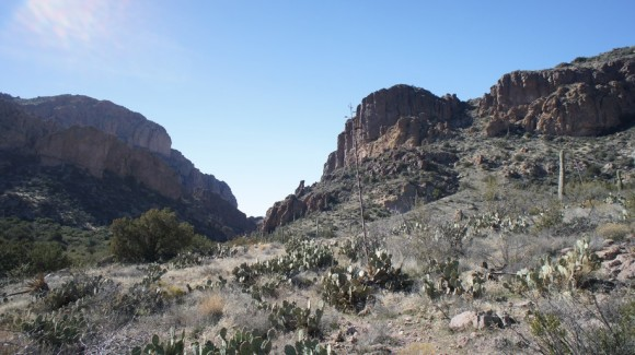 red tanks trail enters upper labarge box canyon