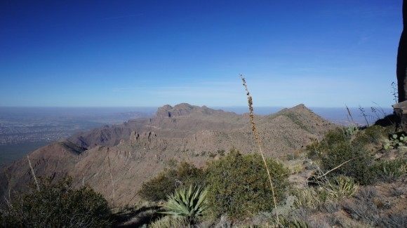 looking north on the superstition ridgeline