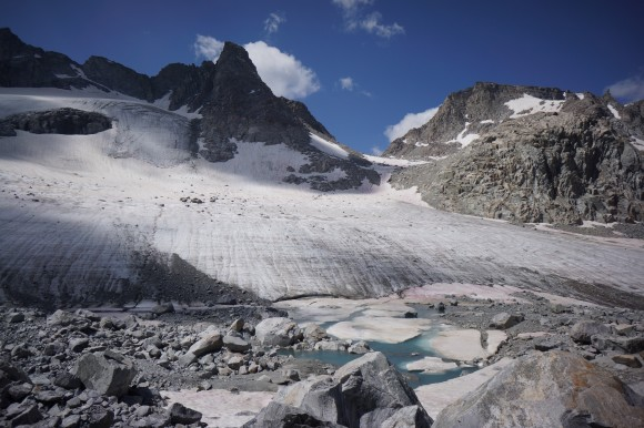 alpine pass knifepoint glacier view