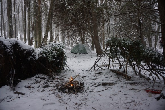 bushcraft - lean-to