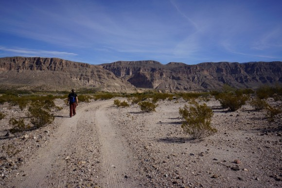 hiking towards boquillas canyon in mexico